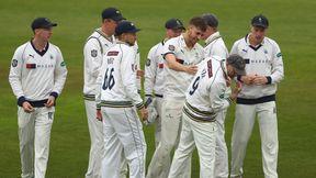 Highlights - Hampshire v Yorkshire Day 2