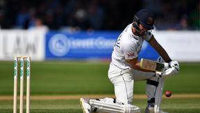 Essex stubborn against reigning champions Surrey