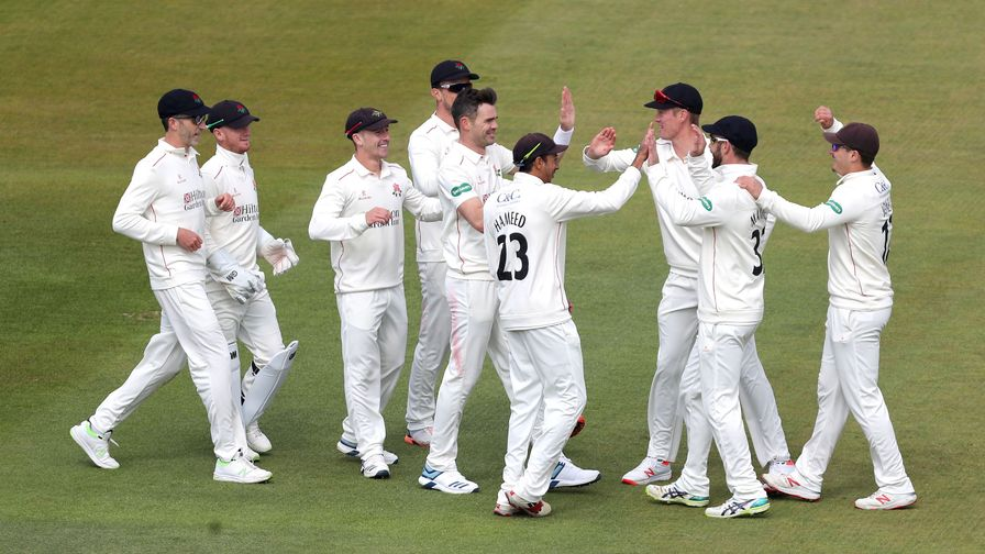 Anderson helps Lancashire blitz Middlesex