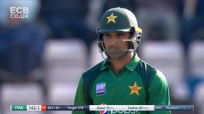 Six takes Fakhar and Babar's Partnership to 50