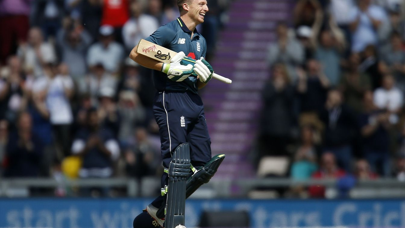 Buttler takes England to big total