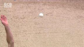 Hit Wicket! Shoaib Goes!