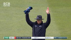 Asif Ali Blasts Archer for 6