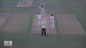 Highlights - Gloucestershire v Worcestershire Day 1
