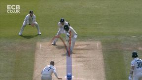 Lyon is trapped in front by Jack Leach