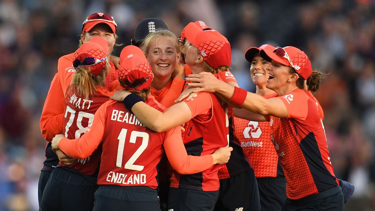 During stage one each team was obliged to sign two players from the current England Women's central contract list