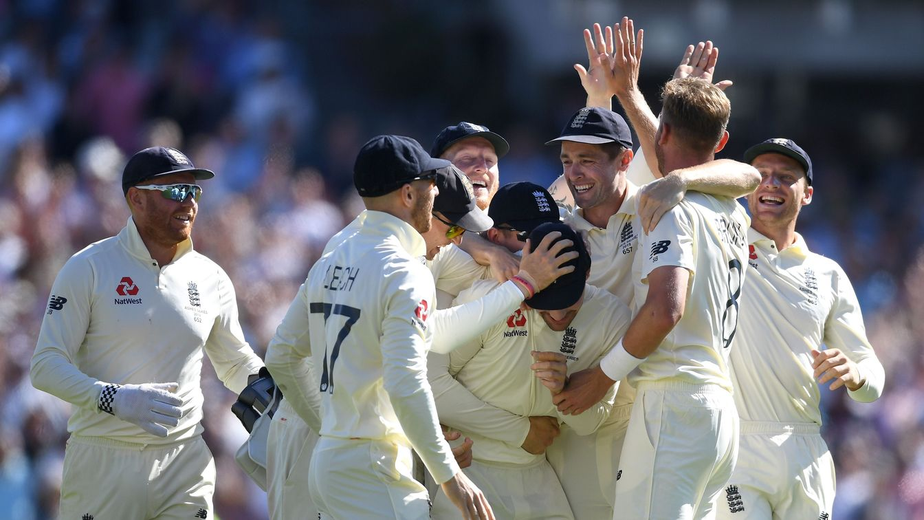 England celebrate on Day 4 at the Oval