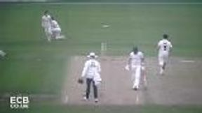 Highlights - Worcestershire v Gloucestershire Day 1
