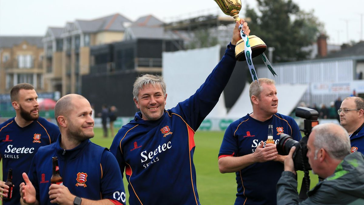 Chris Silverwood lead Essex to promotion in 2016 and then to the Specsavers County Championship title in 2017