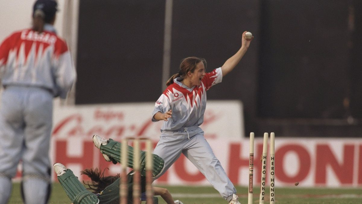 Clare Connor in 1997 World Cup action vs South Africa
