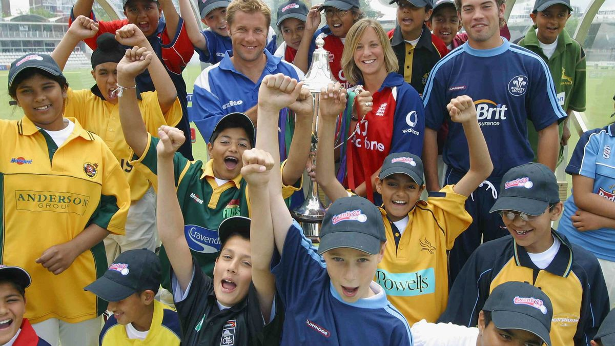Clare helps launch the Twenty20 Cup at Lord's in 2004