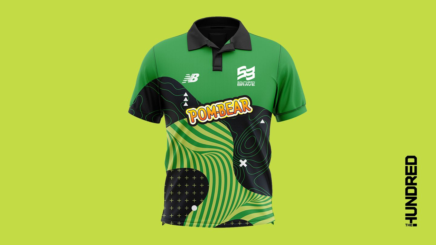 Anya Shrubsole will be wearing the green of Southern Brave. Let's go!