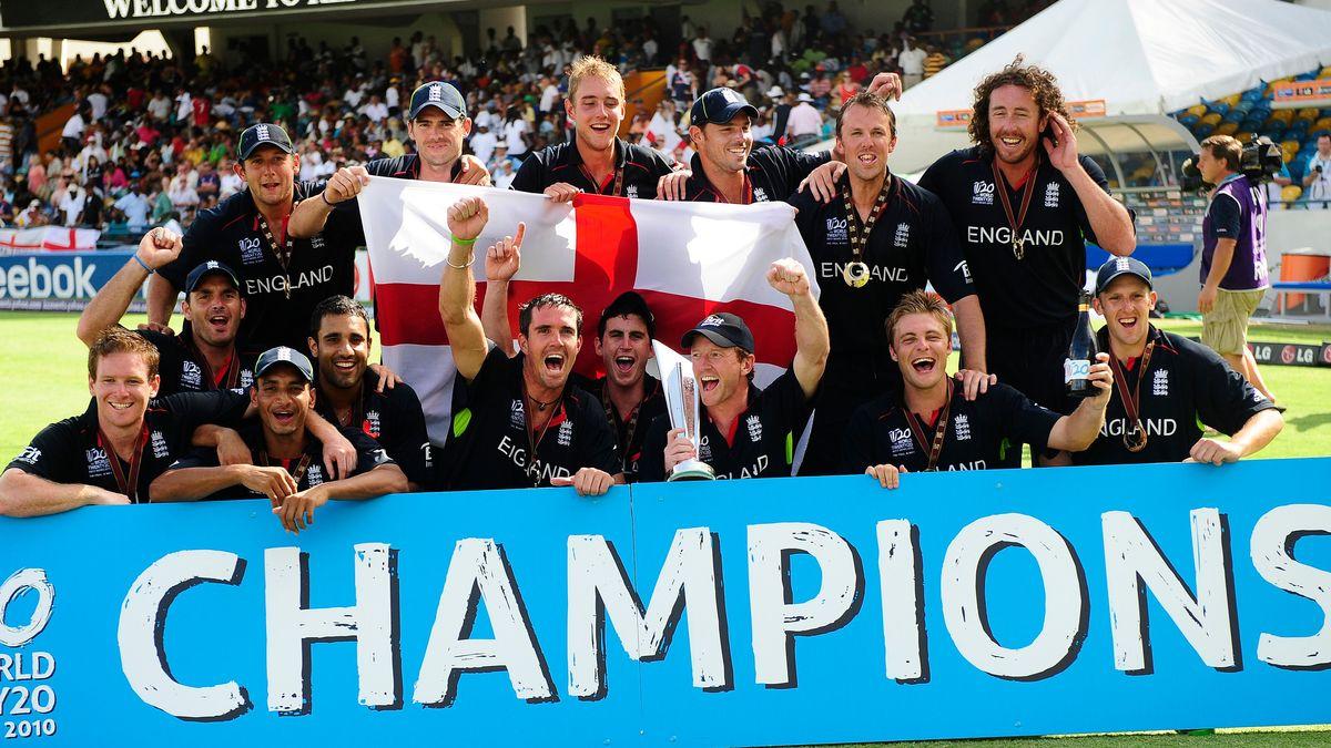 England celebrate winning the 2010 ICC World T20