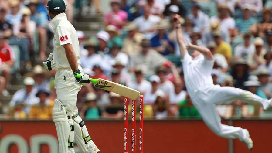 Unreal. Paul Collingwood takes another of his trademark stunners to dismiss Australia captain Ricky Ponting.