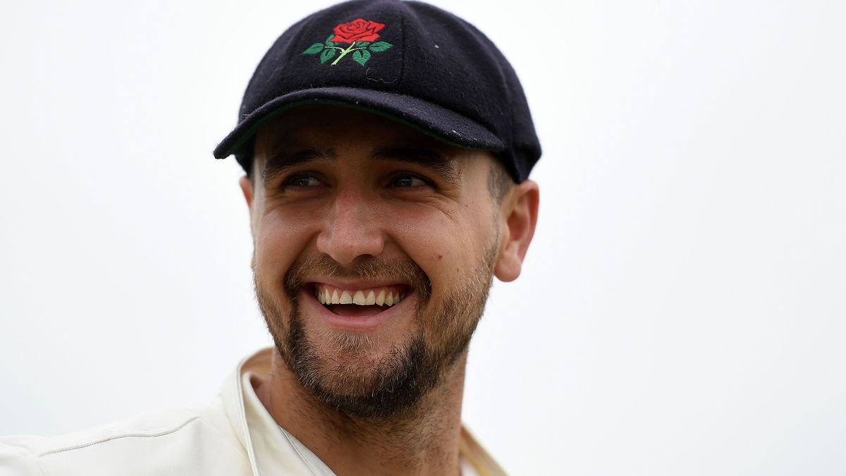 Liam Livingstone has committed to playing red-ball cricket for Lancashire in 2020 rather than travelling to the Indian Premier League