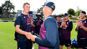 Joe Denly presents Zak Crawley with his first England cap