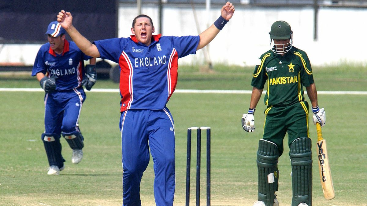 Tim Bresnan at the U19 World Cup in 2004