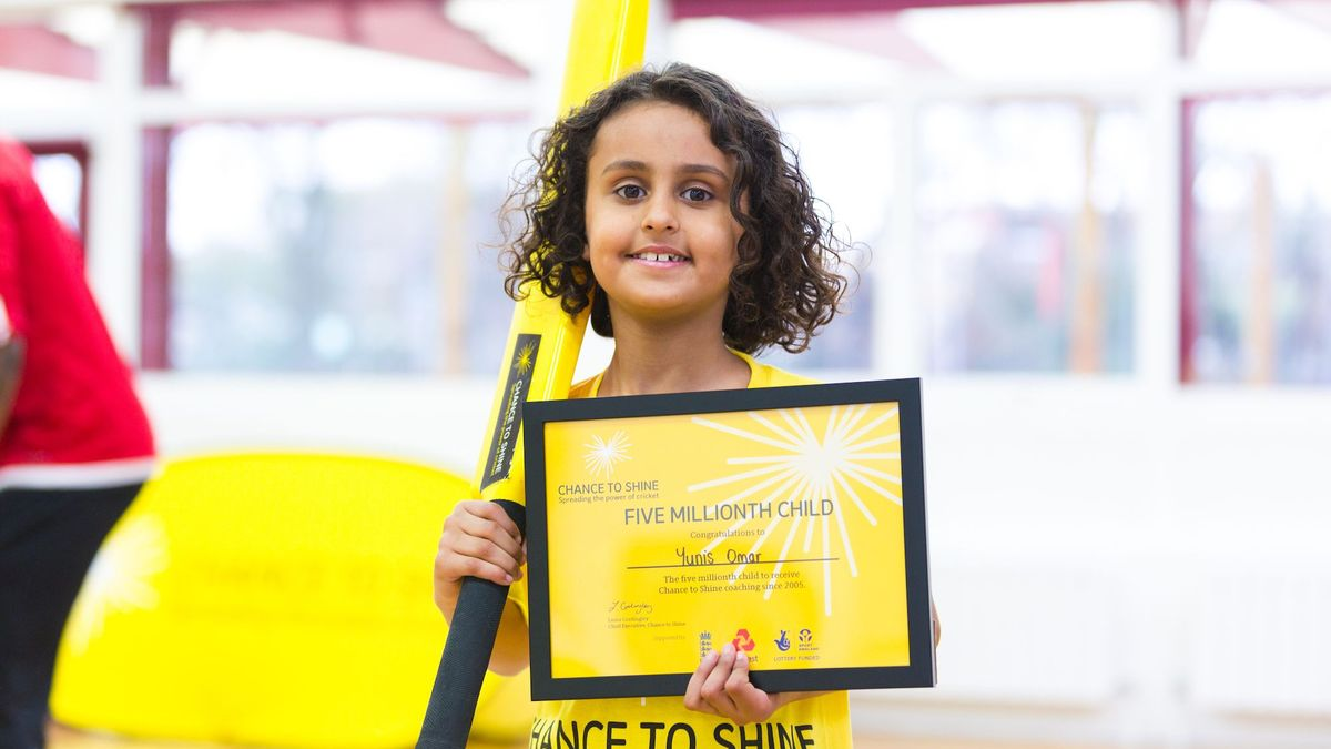 Yunis Omar became the five millionth child to receive Chance to Shine coaching.