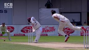 Shai Hope 4 b James Anderson