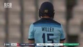 David Willey 6 b Craig Young