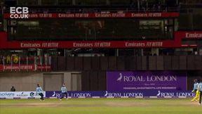 Glenn Maxwell Wicket c Tom Curran b Adil Rashid