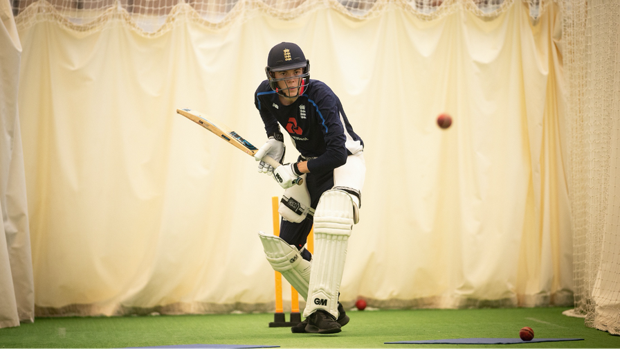 COVID-19 guidance for cricket indoors