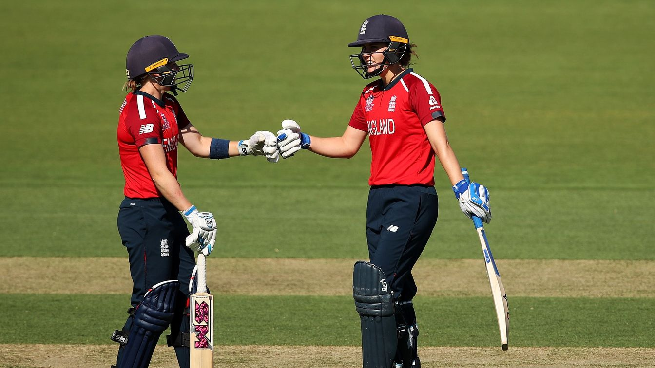 Heather Knight and Nat Sciver