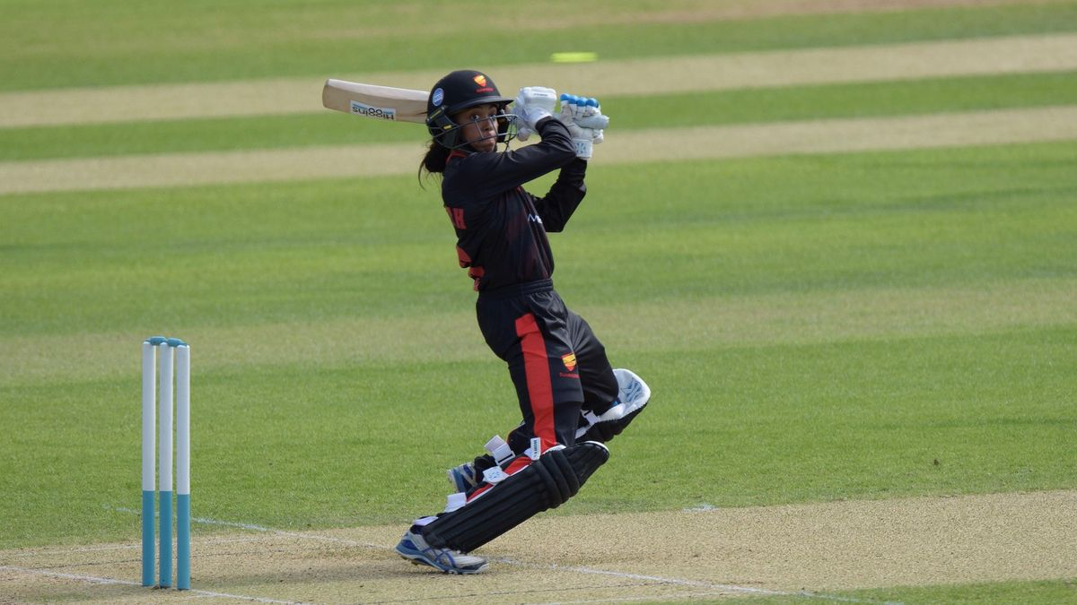 Cordelia Griffith in action for Sunrisers