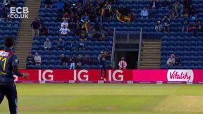 Roy wicket - c Shanaka b Hasaranga