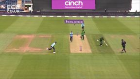 Maqsood wicket - run out Vince