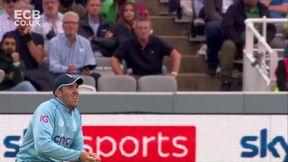 Ali wicket - c Overton b Carse