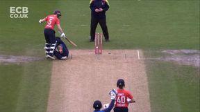 Knight wicket - run out Sharma