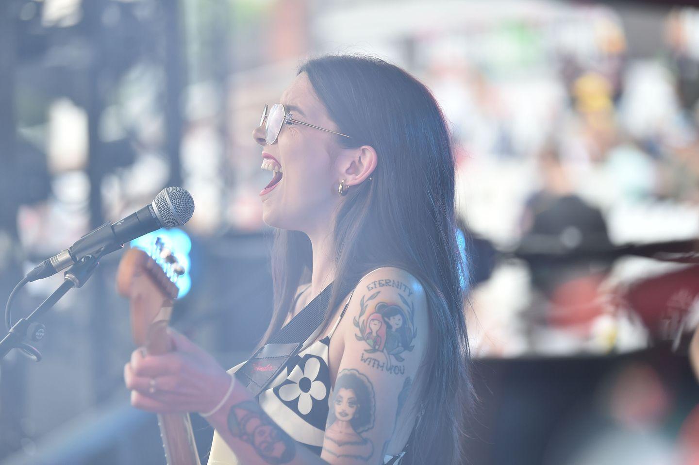 Zuzu rocked the Trent Bridge crowd