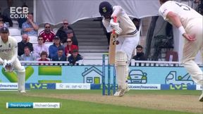 Pujara wicket c Ali b Robinson