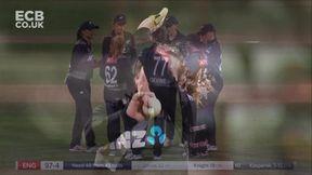 Jones wicket - b Kasperek